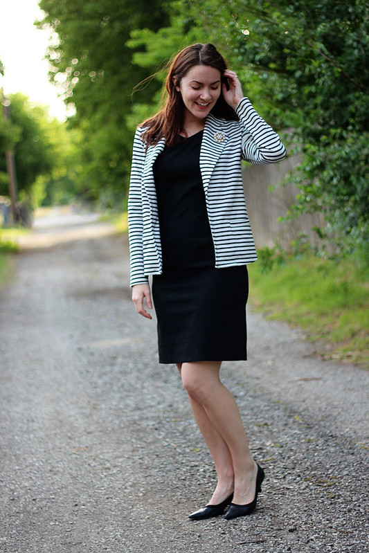black-dress-striped-blazer-4