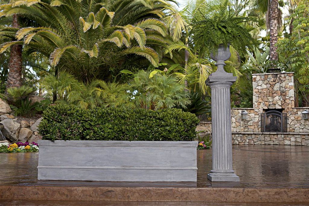 Rolled Rim Framed Planter, Doric Column & Classic Ribbed Urn