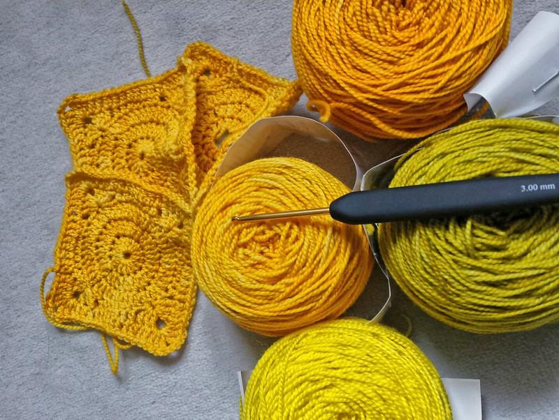 Patches für die Koigu-Rainbow-Decke