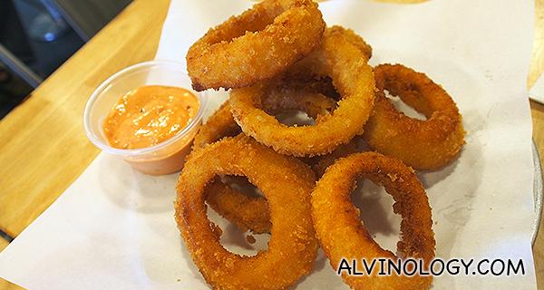 Onion Rings (S$8)