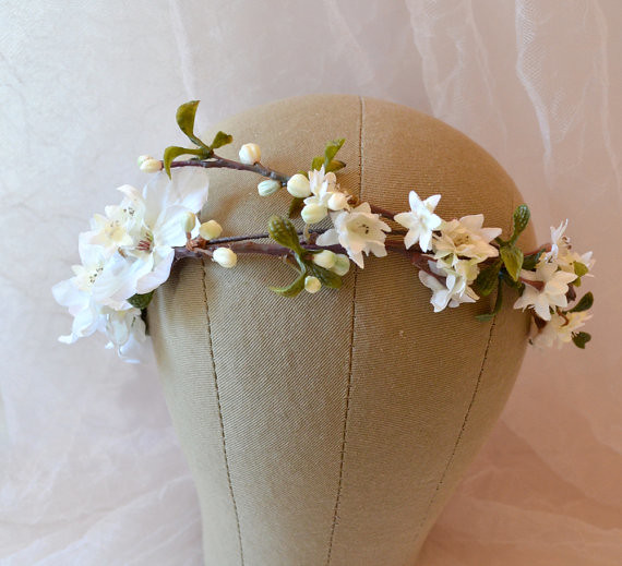 Wedding White Flower Crown: Photo Sharing