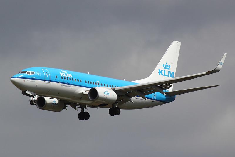 KLM - B737 - PH-BGL (1)