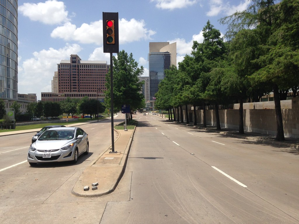 dallas-streetscape