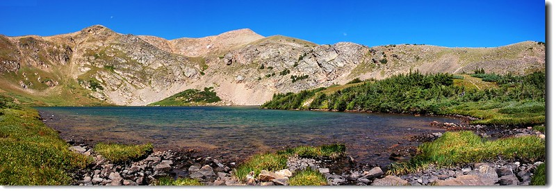 Panorama of Heart Lake 3