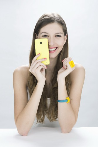 bogi_lumia630_yellow.w