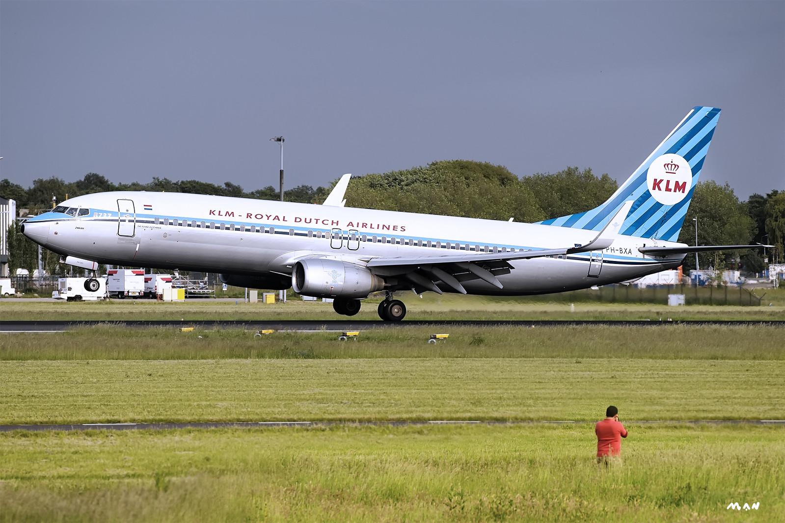 737 KLM Retro EHAM