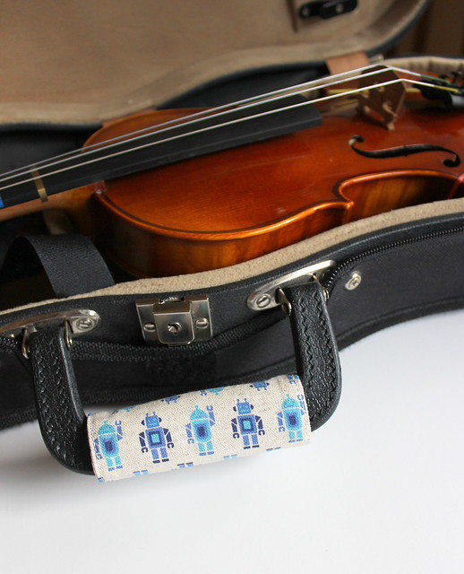 Music case handle cover