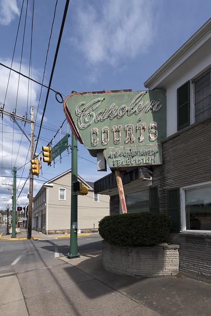 Carolyn Courts, Everett, PA