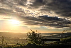#sunrise over Castleton this morning was amazing.   It's the weekend of the Fellsman and it looks like the Yorkshire Fell gods are gonna be kind to the runners that take on the brutal 61mile course.  If your racing or marshalling, I'll see you there.  :