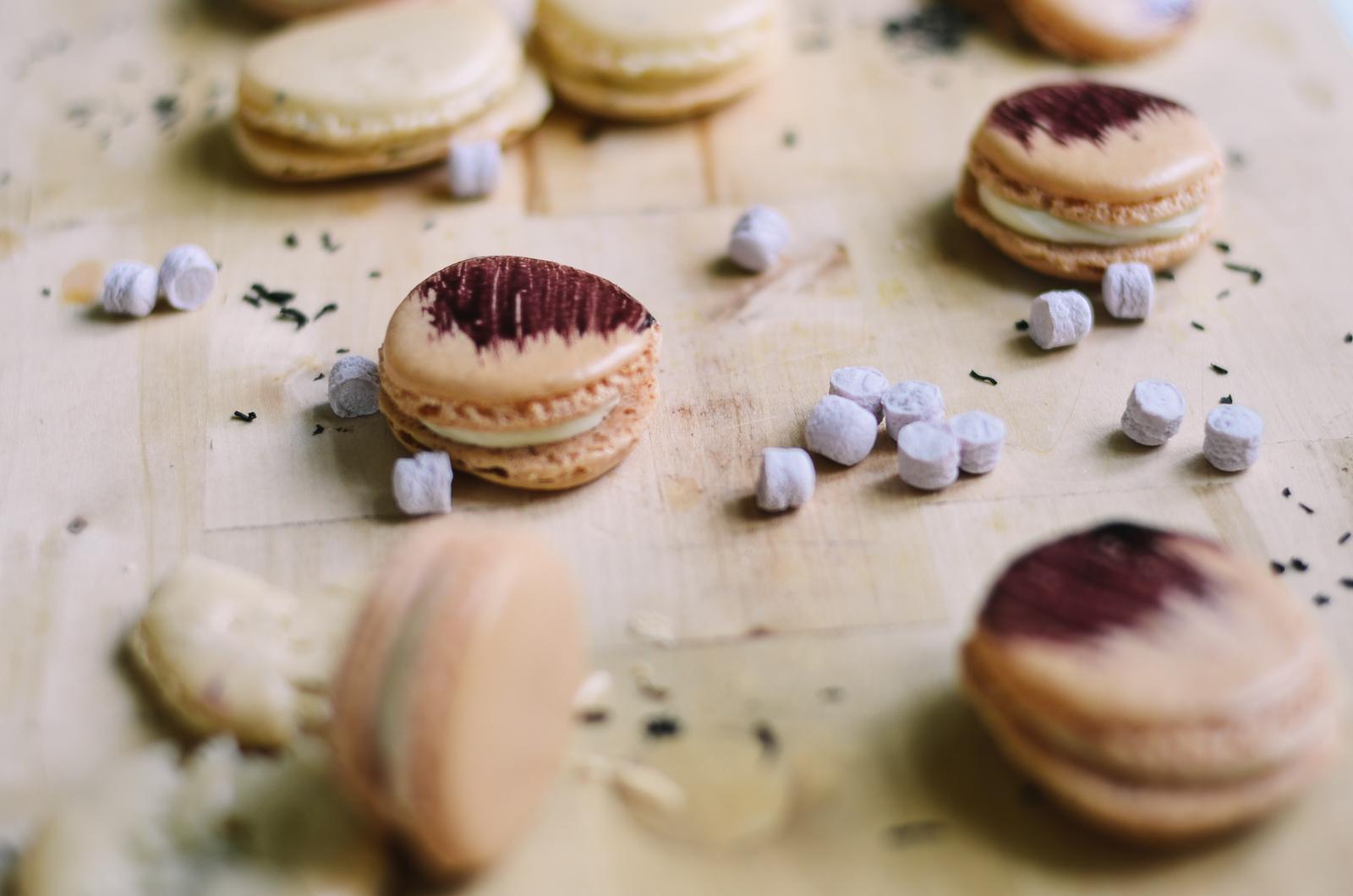 Violet & Earl Grey Macaron
