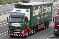 Volvo FH 6x2 Tractor with 3 Axle Curtainside Trailer - PX60 CUY - H4602 - Maya Jemima - Eddie Stobart - M1 J10 Luton - Steven Gray - IMG_4533