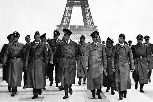 Visita de Hitler a la Torre Eiffel
