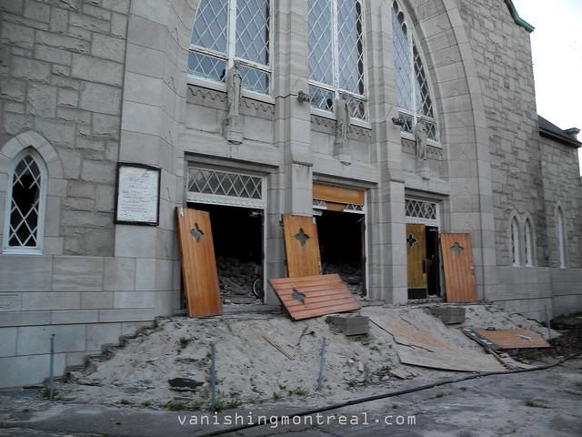 Vanishing Montreal Demolition Of Eglise Notre Dame De La