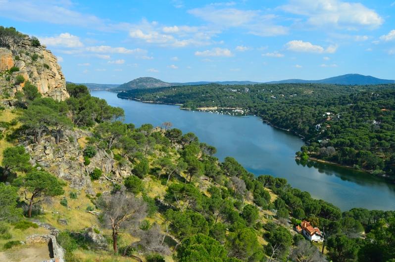 lara-vazquez-madlula-blog-style-landscape-smv