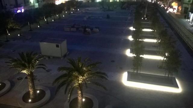 polignano piazza moro accesa luci foto di paolo giannuzzi