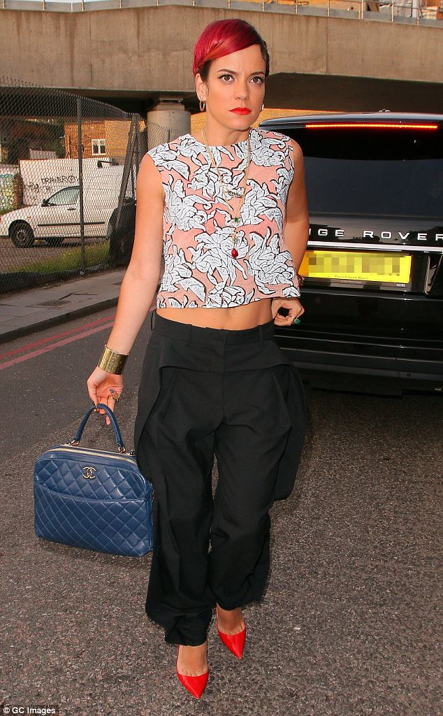 harem-pants-with-cropped-top