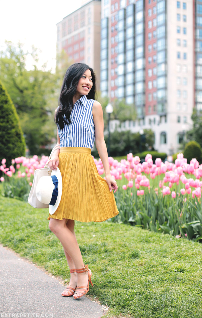blue stripes yellow pleats4