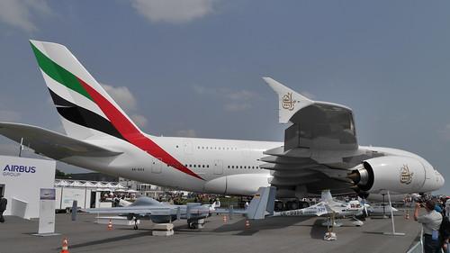 Drohne, Diamond DA 36 E-Star2 (OE-9996) und A380