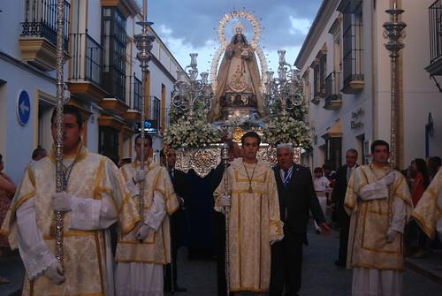 AionSur 14298588786_aec6fd2ed6_d La lluvia de final de mayo no evita una bonita procesión de la Virgen de Montemayor Cultura Semana Santa