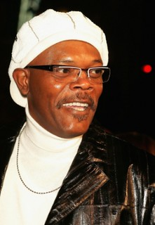 Samuel-l-jackson-turtleneck-fashion