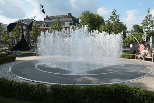 Il giardino del Rijkmuseum: fontana