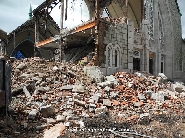 Eglise Notre-Dame-de-la-Paix demolition 6/06/14 05