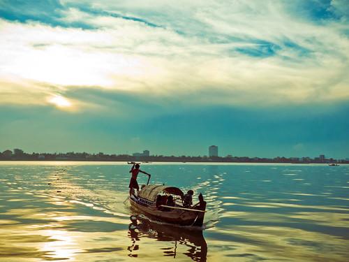 cruise river cambodia seasia phnompenh