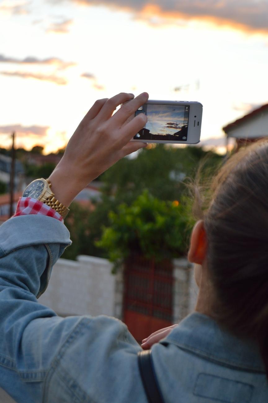 lara-vazquez-madlula-blog-social-sunset