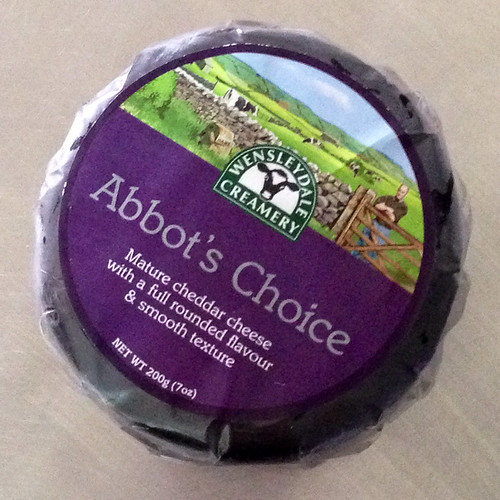 Abbot's Choice. Mature Cheddar Cheese. Smooth.
