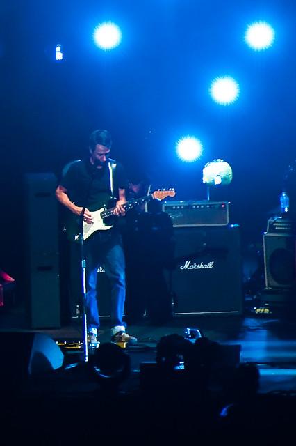 Pearl Jam Lighting Bolt Concert _D7C35099-3
