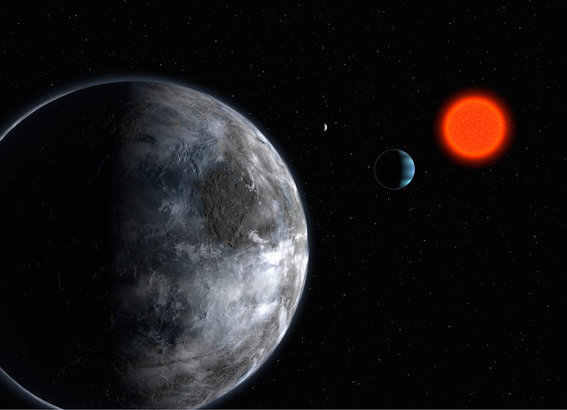 Gliese 581-d and Gliese 581-g