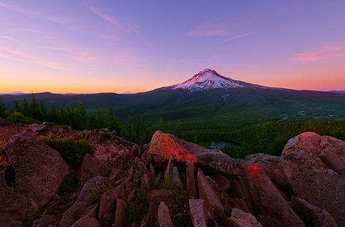 sunset mountains nature oregon portland landscape mirrorlake mountrainier pacificnorthwest mountsthelens mounthood volcanos mountadams cascaderange tomdickandharrymountain pwpartlycloudy