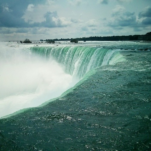 OK I lied. Here's one from the brink of Horseshoe Falls in Canada. #niagarafalls