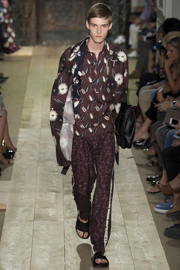 Adam Abraham3081_SS15 Paris Valentino(VOGUE)