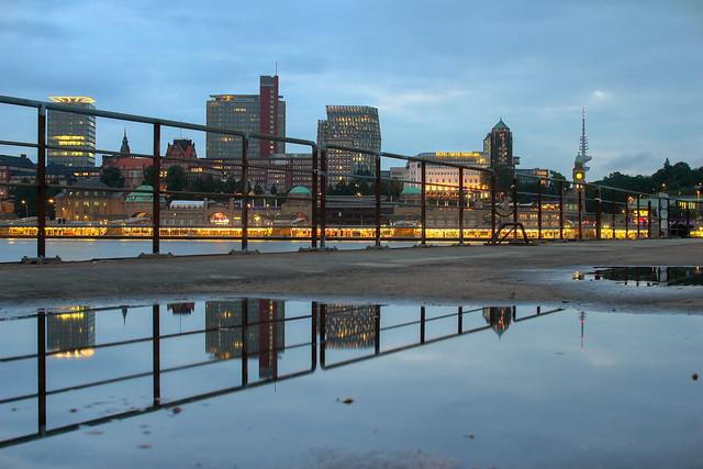 Hamburg - Eine Stadt am Wasser no.20140714-8951hdr