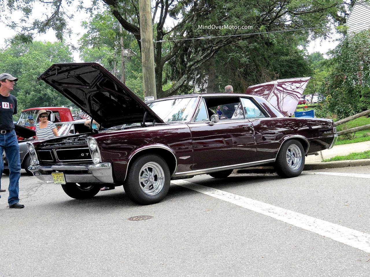 1965 Pontiac GTO Front Side