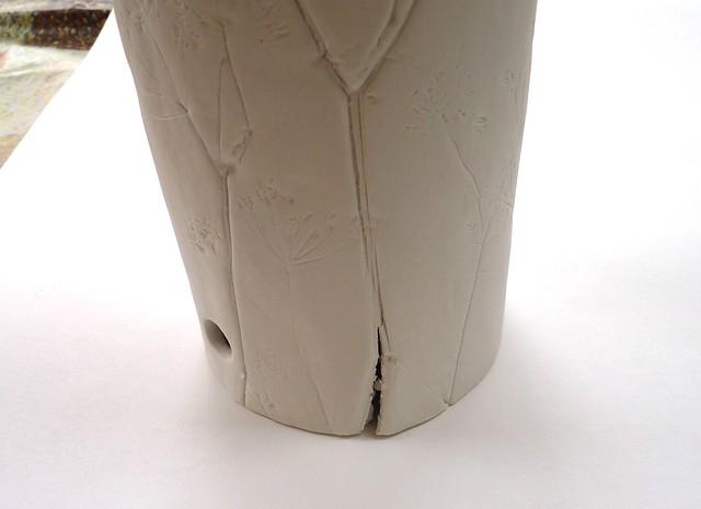 cracked lamp base
