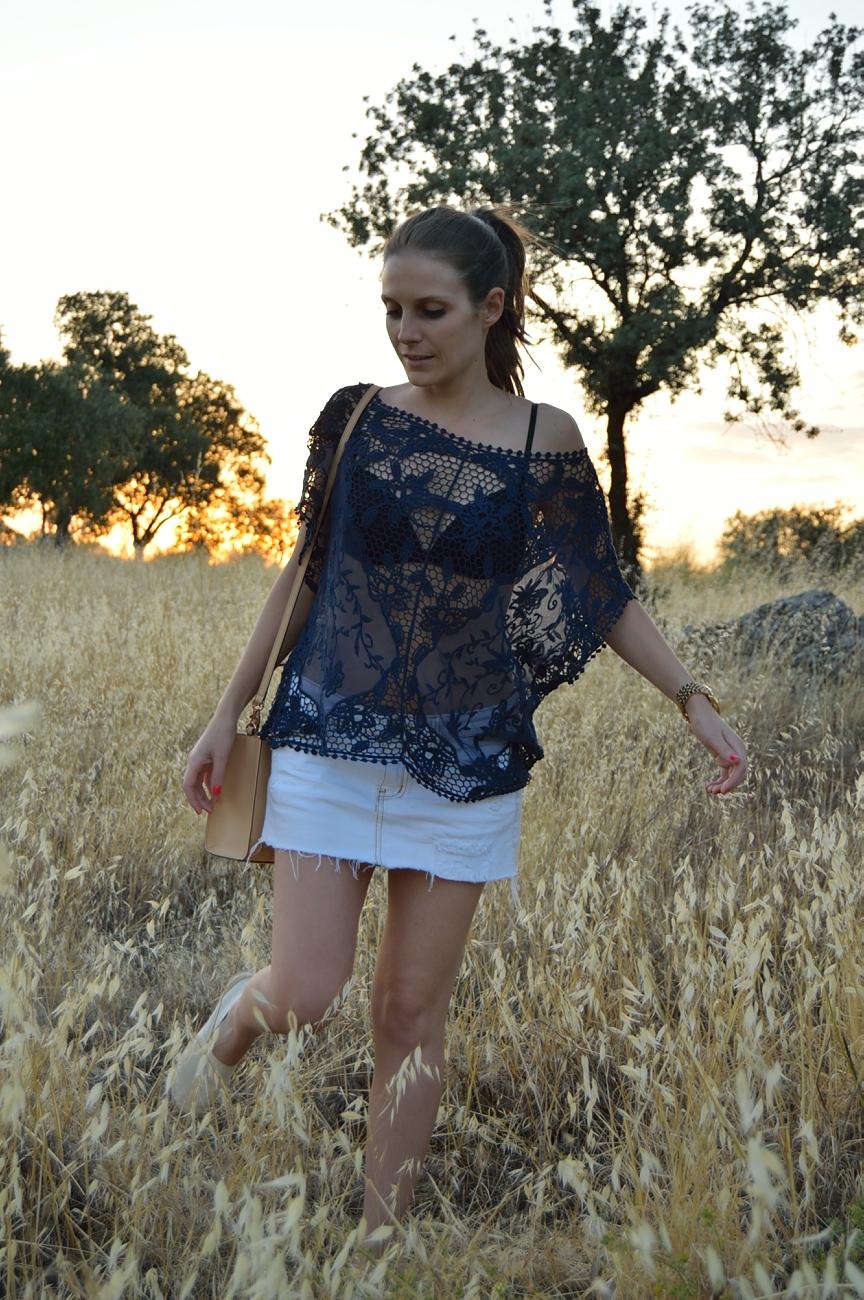 lara-vazquez-mad-lula-fashion-trends-look-lace-countryside