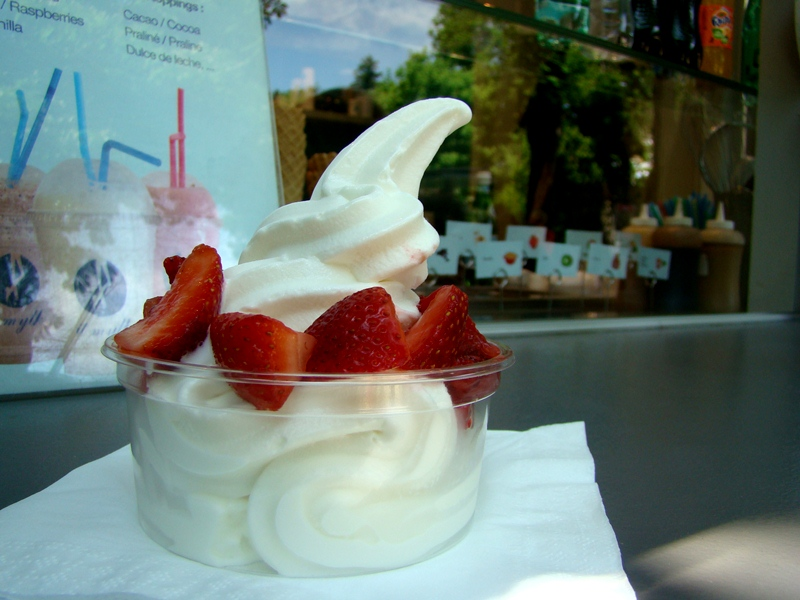 froyo at Montmartre