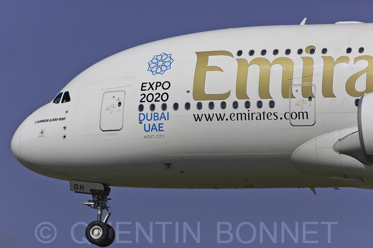 Emirates Airbus A380-861 A6-EDH