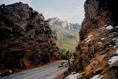 road mountain film rocky rmnp estespark yellowline highway7 byway thecrags twinsisterspeak throughcut