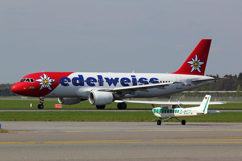 Edelweiss - A320 - HB-IHY (3)