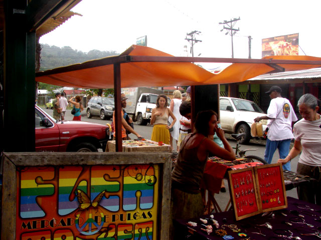 farmer's-market-in-puerto-viejo-2