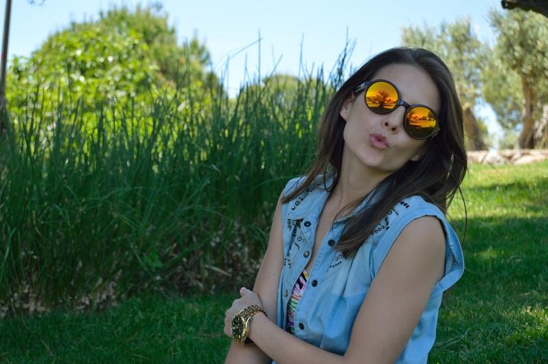 lara-vazquez-madlulablog-spring-kiss-fashion-shades