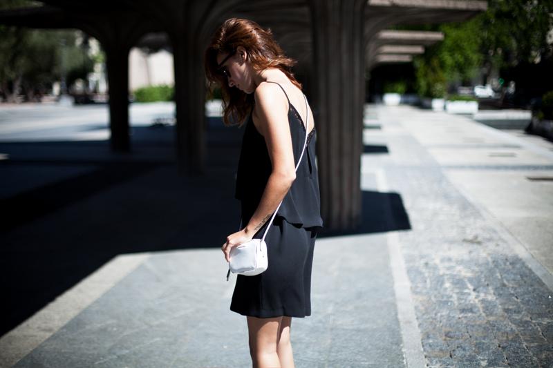 Vestido-Mango-Negro-Lencero-006