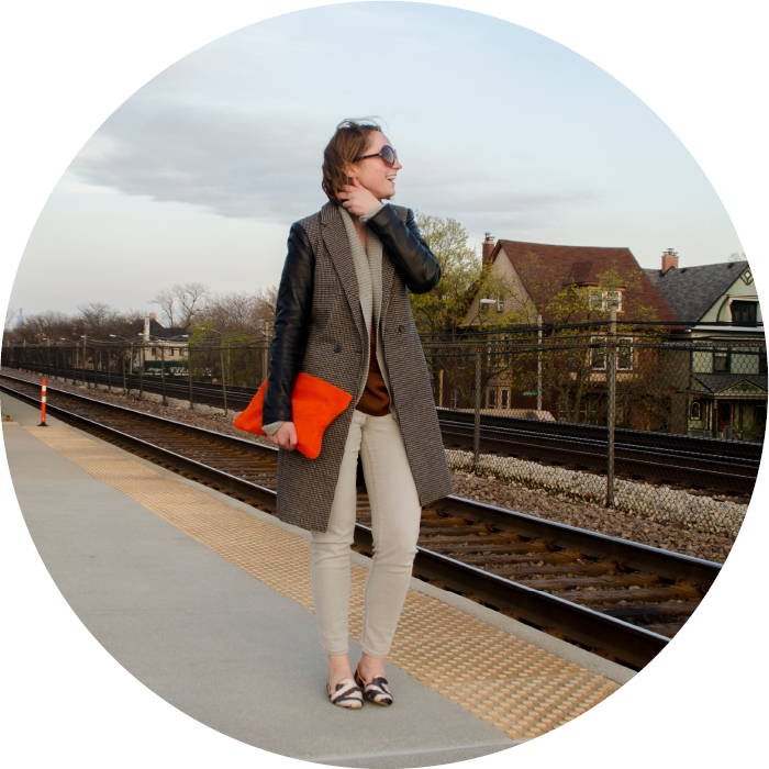 spring outfit post, orange clutch, gray old navy jeans