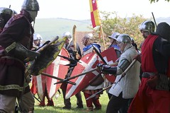 marching(0.0), violence(1.0), war(1.0), middle ages(1.0), person(1.0), battle(1.0), troop(1.0),