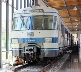 DB BR 420 002-8, Blau/Weiß-Lackierung | [DE] Deutsches Verkehrsmuseum München | 26.04.2014