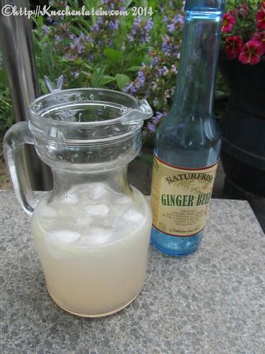 Rhabarber-Ingwer-Limonade Rhubarb Cooler (1)