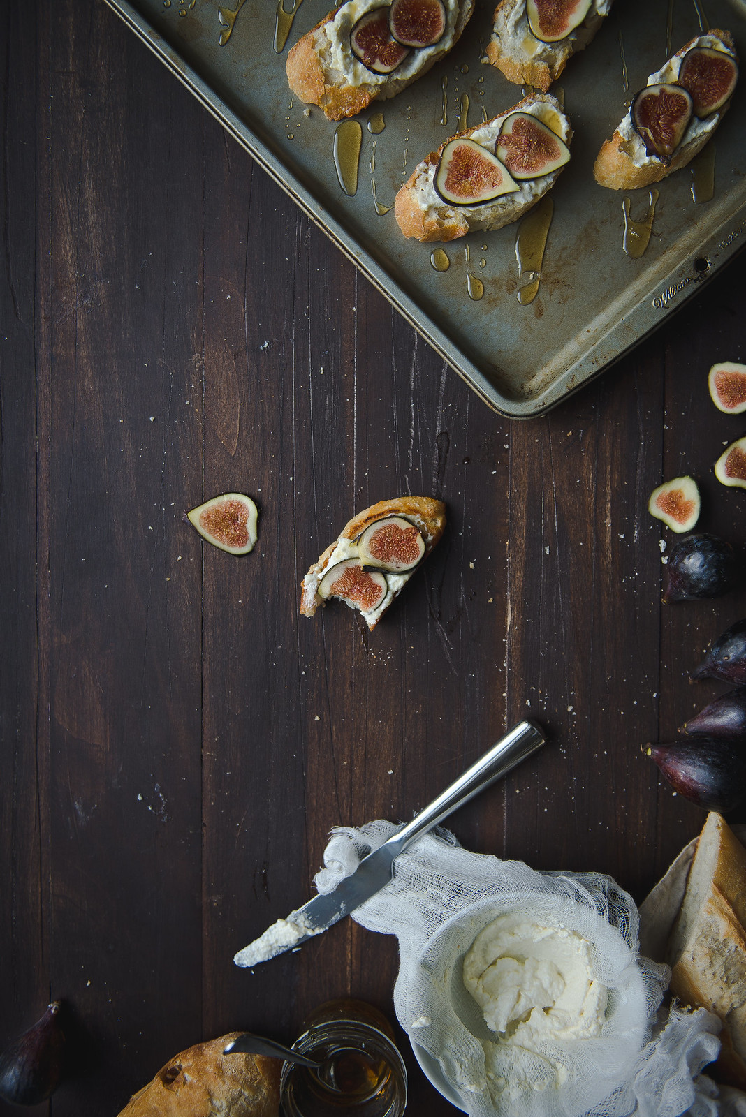 Fig, ricotta, & honey tartines.